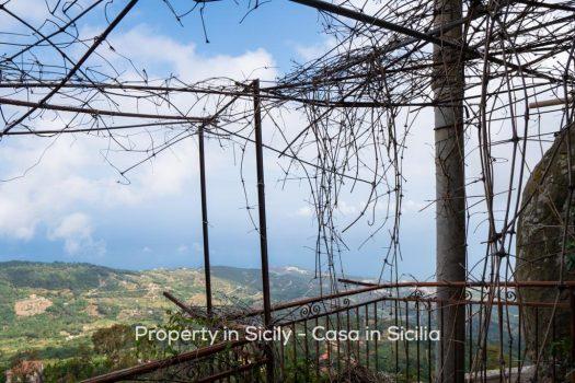 property in sicily, casa bianca, Pollina